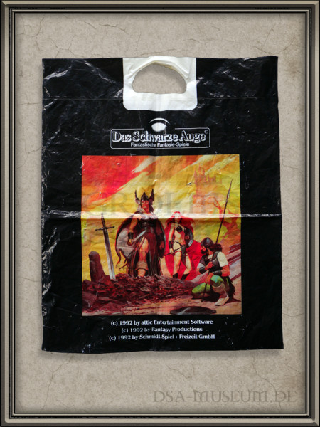 Werbetüte Die Schicksalsklinge mit ikonischem Yüce-Bild