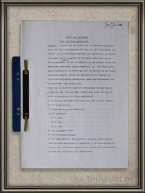 """Manuskrip """"Gefahr aus dem Dunkel oder Der Flucht des Druiden"""" (später veröffentlicht als """"Das Experiment"""")"""