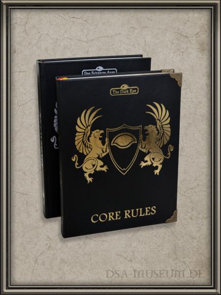 DSA5 Regelwerk Verlagsausgabe und Kickstarter Basic Rules im Vergleich: Neben der unterschiedlichen Prägung haben die Core Rules ein deutlich kleineres Format.